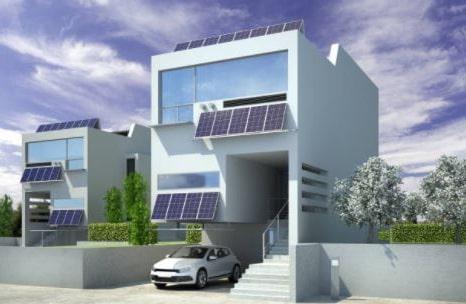Cargar coche con placas solares